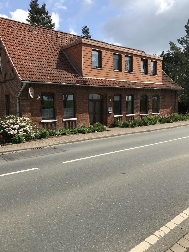 31556 Wölpinghausen - Bergkirchen, Dreifamilienhaus auf großem Grundstück